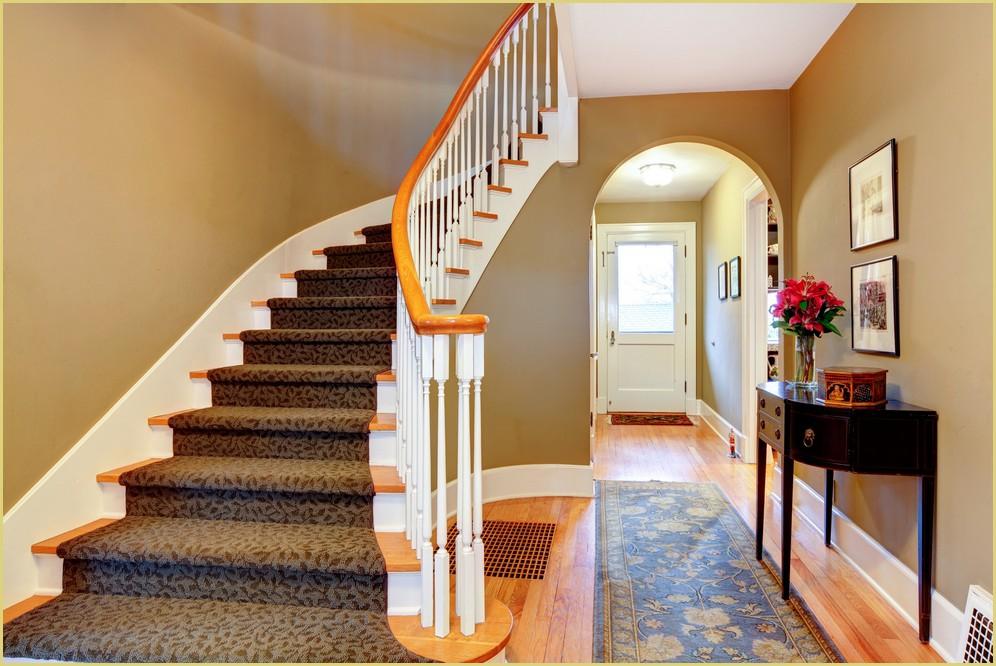 Tapis sous escalier